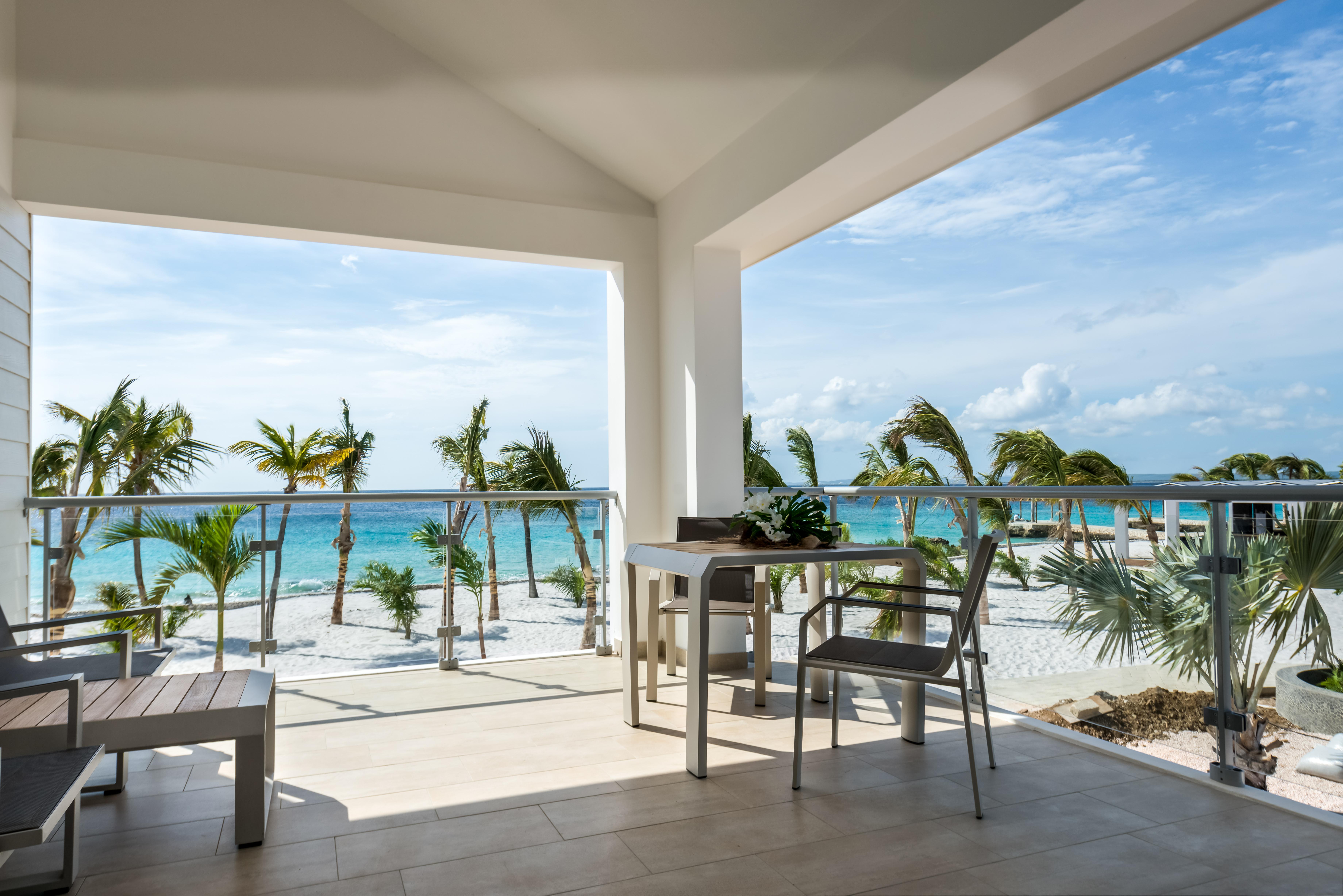 Delfins Beach Resort,Bonaire