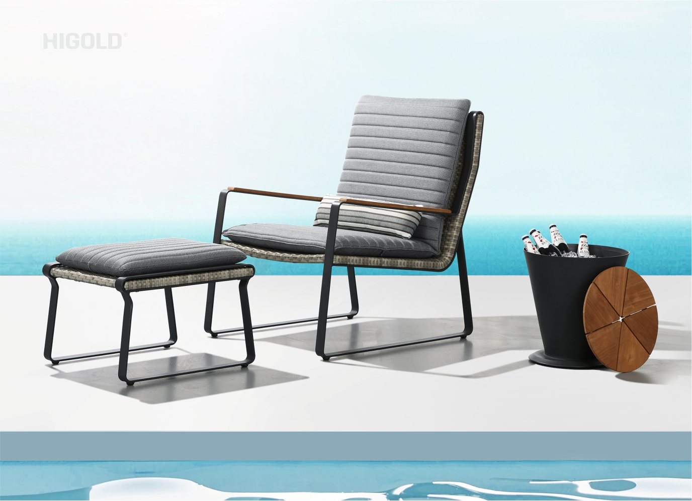 Clark Lounge Chair with Ottoman 2041730